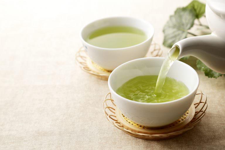 緑茶は体を冷やす?