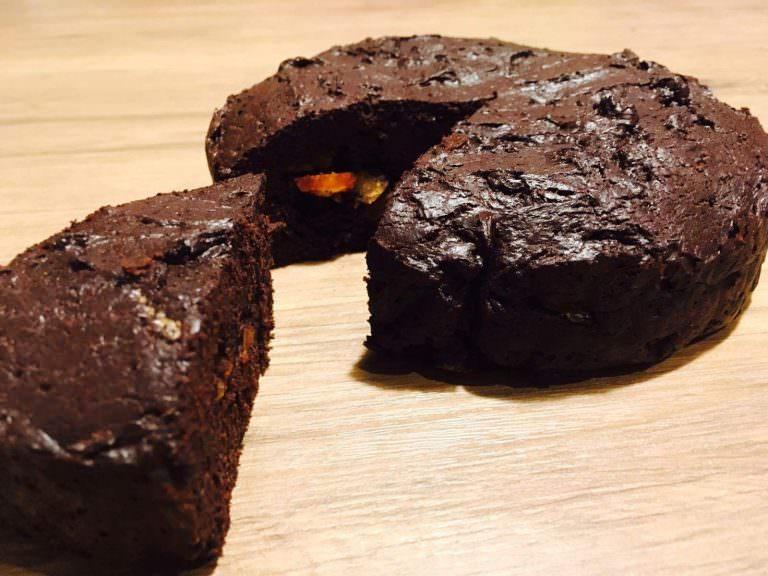 【美髪レシピ】スパイス・チョコレートケーキ~グルテンフリーの簡単レシピ~