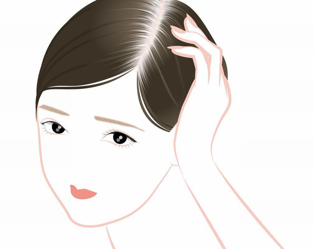 少しでも白髪を抑えたい! 白髪の原因と今からできる6つの予防法